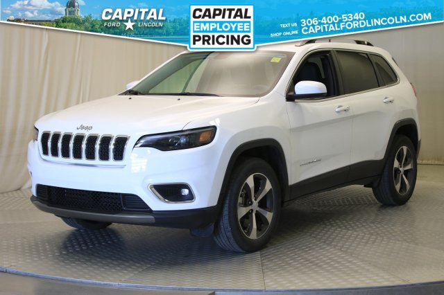 Pre-Owned 2019 Jeep Cherokee Limited 4WD | Leather | Sunroof |