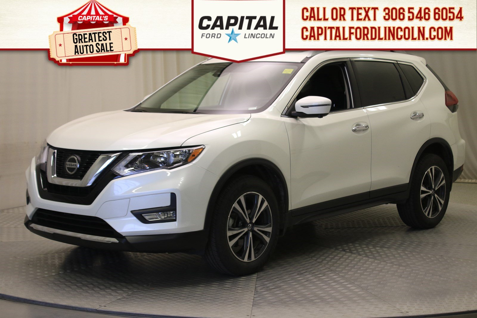 Pre-Owned 2019 Nissan Rogue SV | Sunroof |