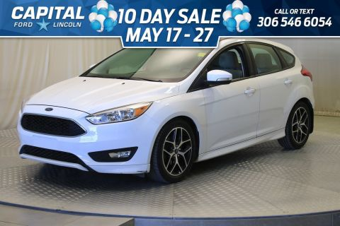 Pre-Owned 2016 Ford Focus SE HB | Sunroof |