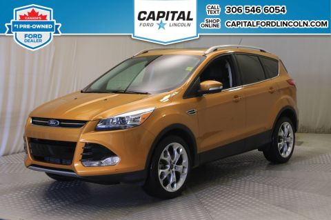 Pre-Owned 2016 Ford Escape Titanium 4WD * Leather * Sunroof * Nav *