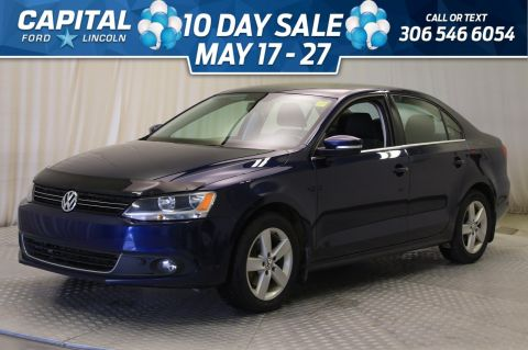 Pre-Owned 2013 Volkswagen Jetta Sedan Comfortline | Diesel | Sunroof |