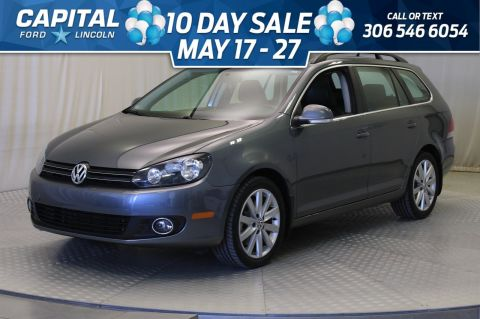 Pre-Owned 2012 Volkswagen Golf Wagon Highline | Diesel | Sunroof | Leather | Manual Trans |