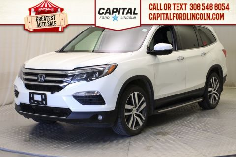 Pre-Owned 2016 Honda Pilot Touring 4WD **New Arrival**